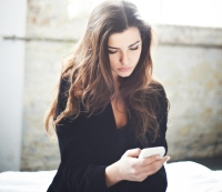 What to do if you think your girlfriend is reading your texts