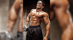 Frame Your Abs with Ripped Obliques