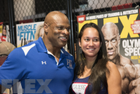 FLEX'n at the 2016 Olympia: Friday