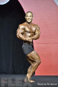 Shavis Higa - Classic Physique - 2016 Olympia