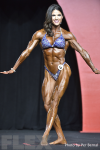Vicki Diaz - Women's Physique - 2016 Olympia