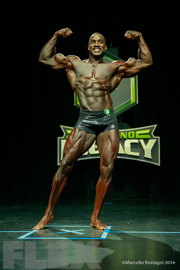 Robert Timms - Classic Physique - 2016 IFBB Ferrigno Legacy Pro