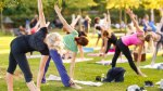 yoga-group-outdoors-nature