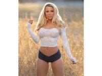 Photo gallery: Fitness model Lauren Drain will heat up your Instagram feed