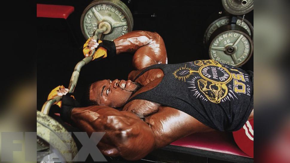 brandon-curry-triceps-skull-crushers