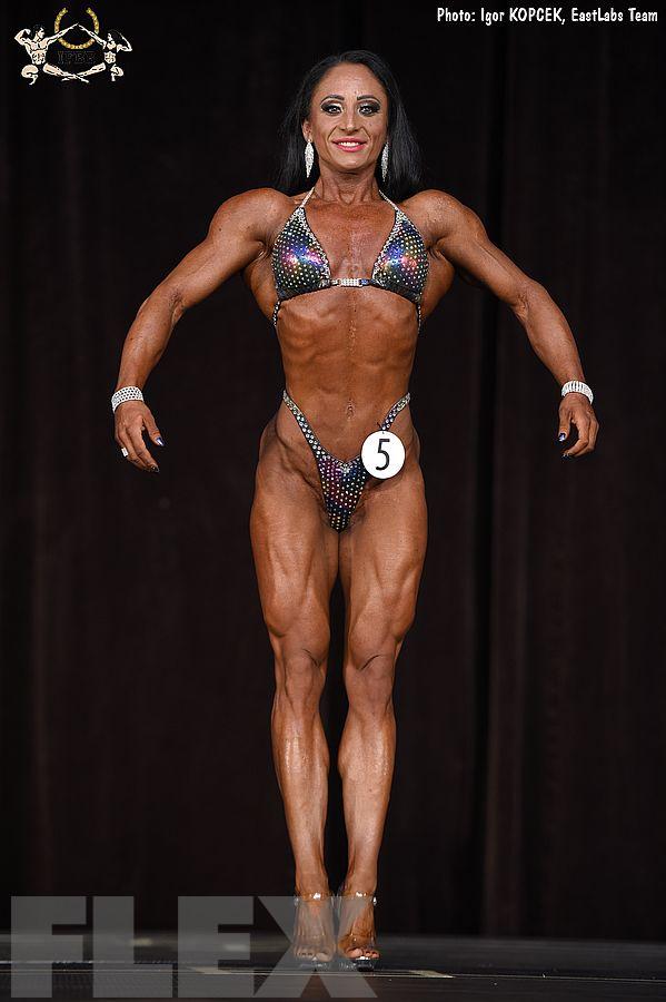 Nikolett Vasvari - Figure - 2017 Ostrava Pro
