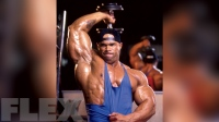 levrone-dumbbell-overhead-triceps-extension