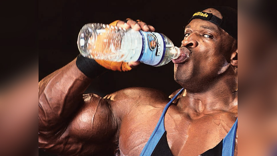 H2O for the Bodybuilder   Muscle & Fitness