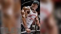 maxx-charles-triceps-pushdowns