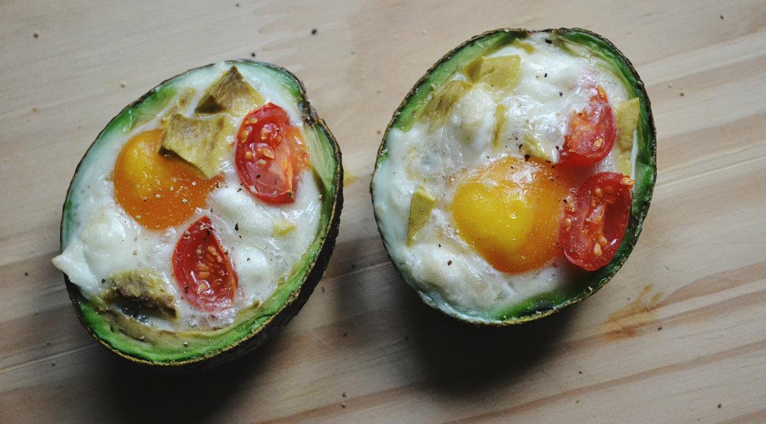Eggs in Avocado Halves