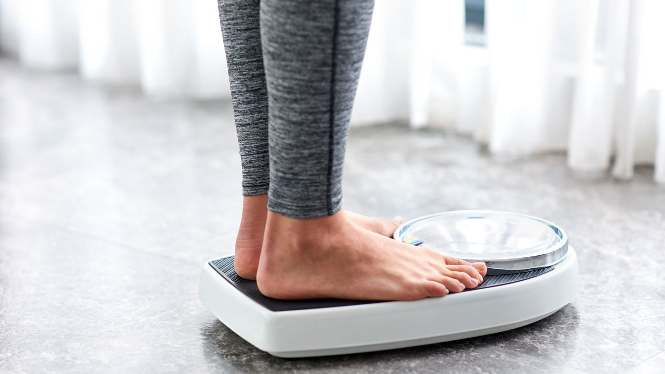Daily Weigh-Ins May Help Fat Loss, Study Finds