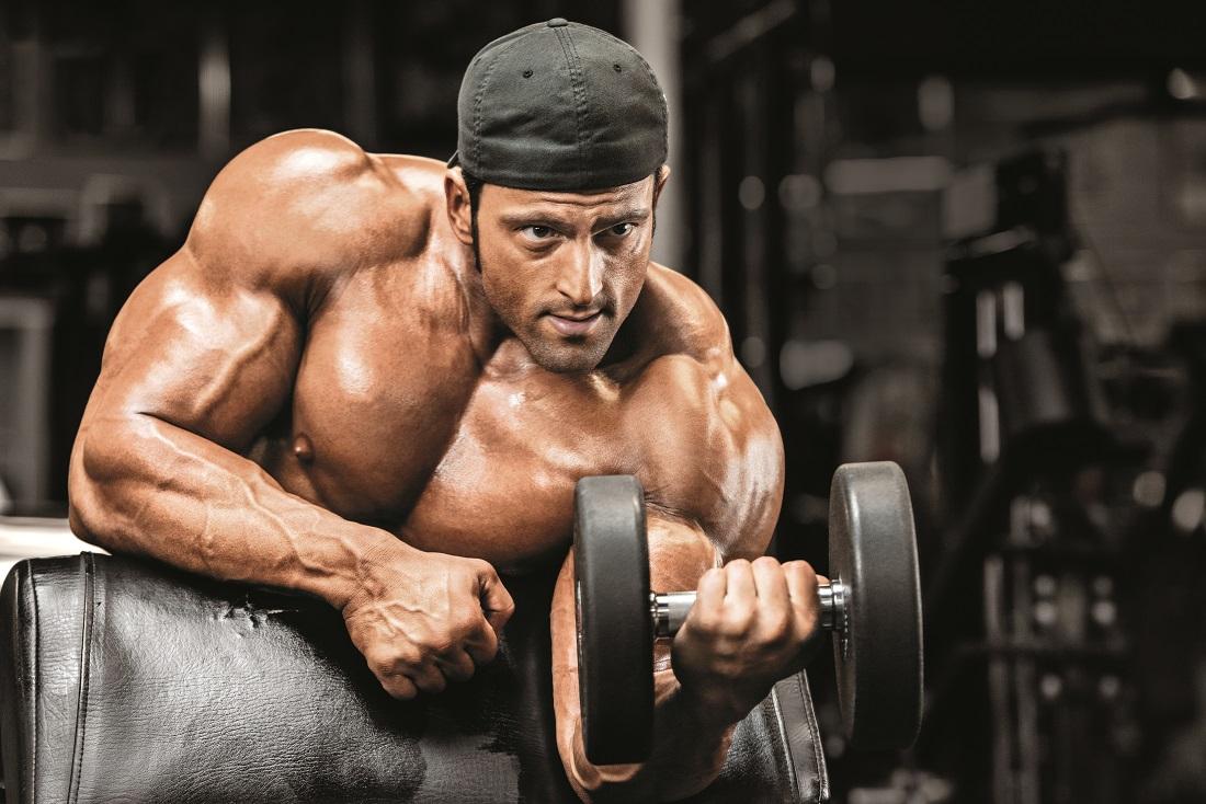 Gain 10: About Dymatize Athlete Arash Rahbar | Muscle & Fitness