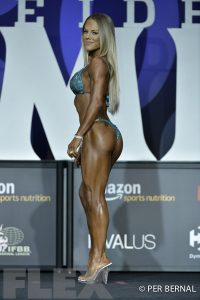 Stacy McCloud - Bikini - 2017 Olympia