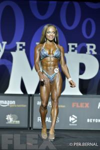 Andrea Calhoun - Figure - 2017 Olympia