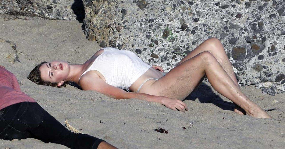 Ireland Baldwin Goes Fully Nude in NSFW New Photo Shoot