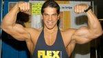 Lou Ferrigno flexing biceps