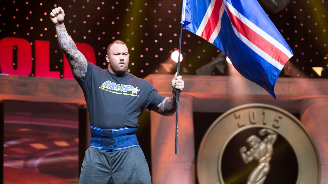 Watch Thor Björnsson Press 440 Pounds Over His Head