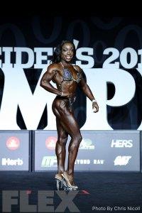 Nadia Wyatt - Figure - 2018 Olympia