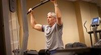 PS_older-man-strength-training--134573003