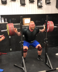 Hafþór Björnsson Squats 881 Pounds In Preparation for His First Powerlifting Meet
