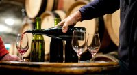 keto-wine-122179512