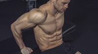 Pyhsical athlete, training of triceps