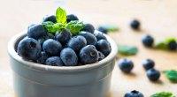 super-food-blueberries-678435495