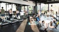 crowded-gym-again-961177712