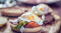 1109-Eggs-Benedict-GettyImages-640949544