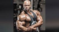Juan-Morel-Posing-Biceps