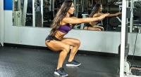 Angelica-Texiera-Body-Weight-Squat