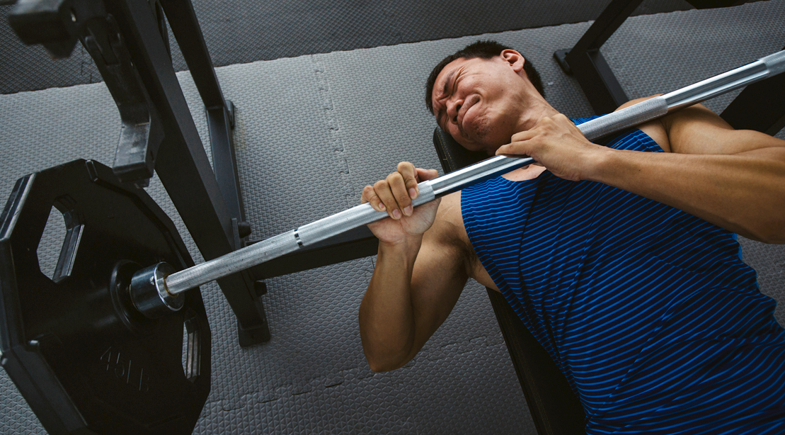 Man-Injures-Self-Gym-Accident-Barbell