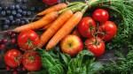 Superfoods-Fruit-Vegetables-Wood-Table