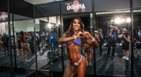 Olympia-Behind-The-Scene-Angelica-Teixeira-Heart-Shaped-Fingers