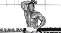 Sergio-Oliva-Senior-Dumbbell-Back-Press-Gym