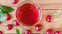 1109-Tart-Cherry-Juice-shutterstock_1321706639