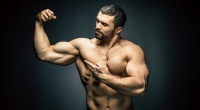 Bodybuilder-Pointing-To-Bicep