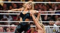 Beth-Pheonix-Punching-Hair-Pulling-WWE