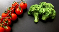 Cherry-Tomatos-and-Broccoli-Black-Background