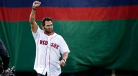 Red-Sox-Player-Johnny-Damon-Triumphant-Geasture