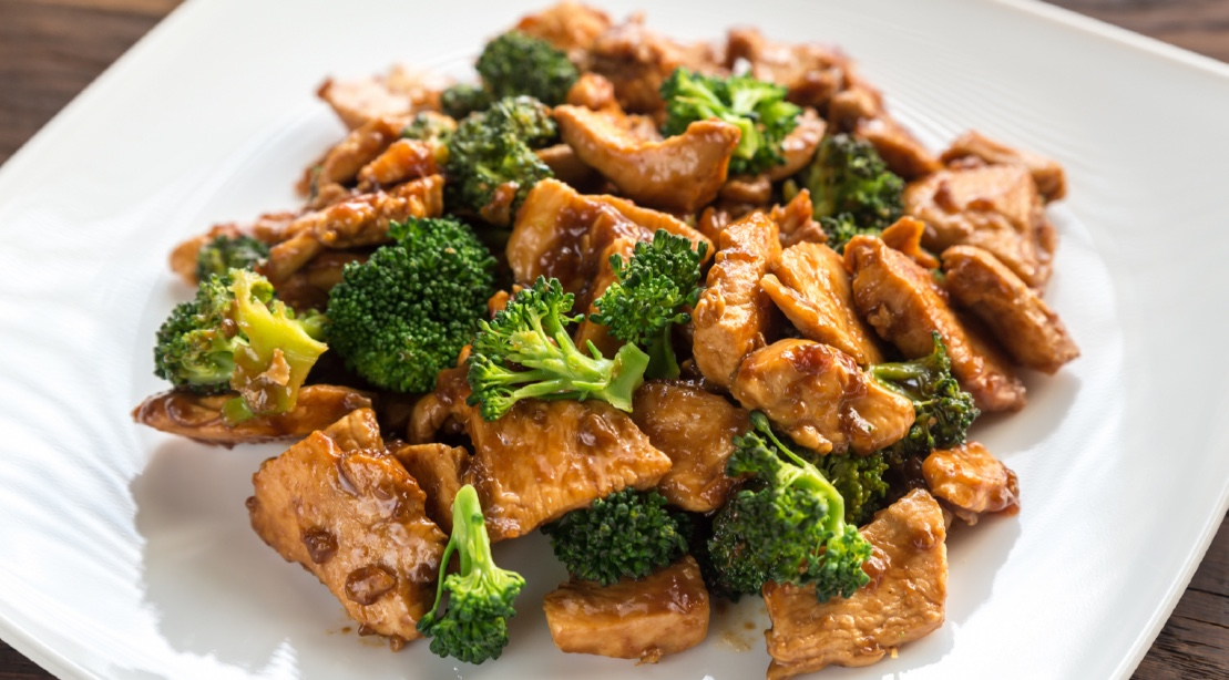 Bodybuilding Brothers Eat Nothing But Chicken and Broccoli for a Week | Muscle & Fitness