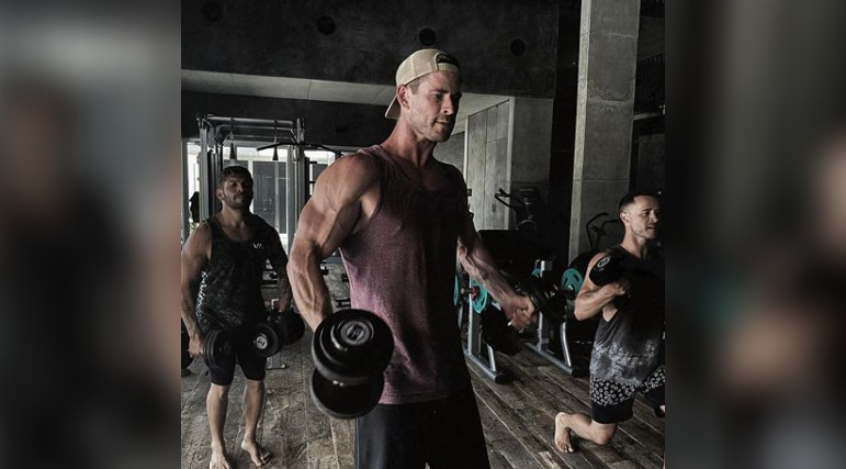 Chris Hemsworth Is Going to Be Bigger than Ever in Hulk Hogan Biopic | Muscle & Fitness