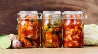 الكيمتشي - يحتوي على - بروبيوتيك - مختوم - في - مرطبان | 7 أطعمة صحية للأمعاء