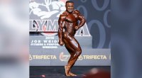 Bodybuilder-Kamal-Elgargni-Posing-On-Stage-At-The-Mr.-Olympia-Bodybuilding-Competition