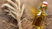 A wheat germ oil a good source of the macronutrient vitamin e