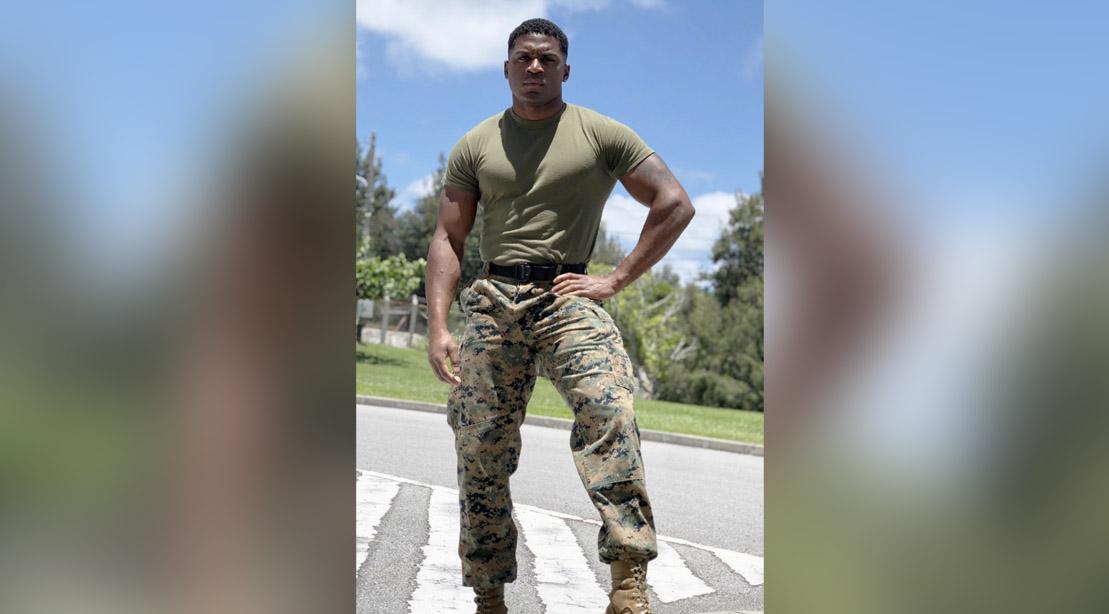 USMC Veteran Aaron Marks prepares himself for his 3-Block Full-Body Workout