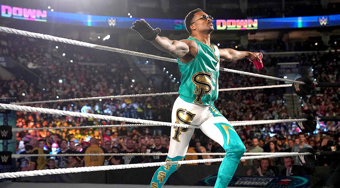 WWE Wrester Montez Ford performing his entrance in front of live audience